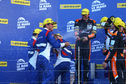 Podium : les vainqueurs Simon Dolan, Giedo van der Garde, Harry Tincknell, G-Drive Racing, les 2e Stefano Coletti, Julian Leal, Andreas Wirth, SMP Racing, les 3e,Vincent Capillaire, Olivier Lombard, Jonathan Coleman, Lombard Racing