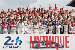 Das traditionelle Fahrer-Gruppenfoto in Le Mans