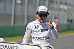 Fernando Alonso, McLaren op de rijdersparade