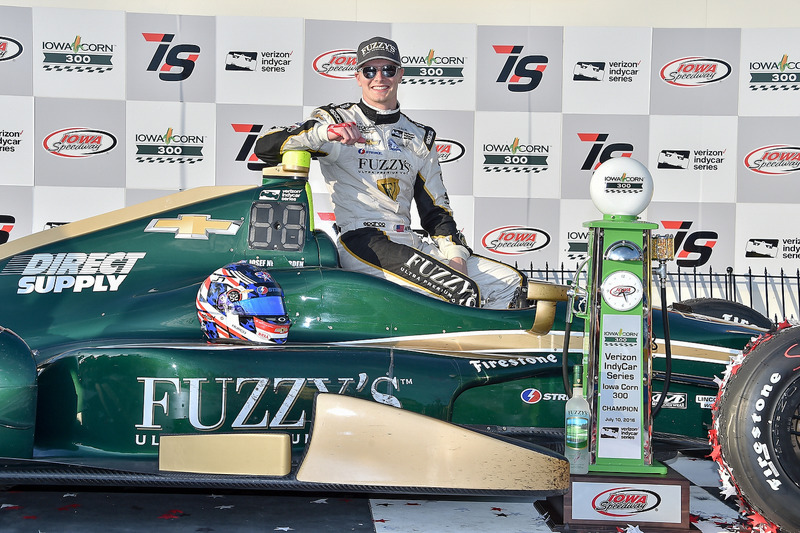Переможець гонки Джозеф Ньюгарден, Ed Carpenter Racing Chevrolet