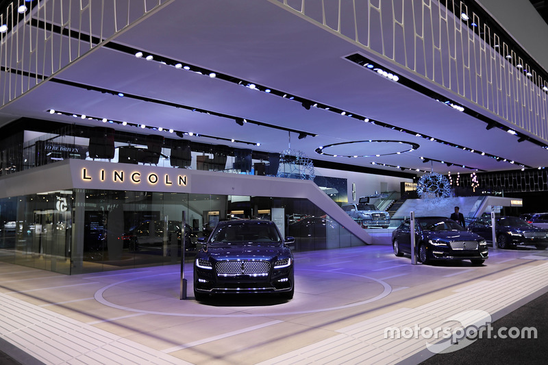 Lincoln Booth At North American International Auto Show Detroit - Lincoln car show