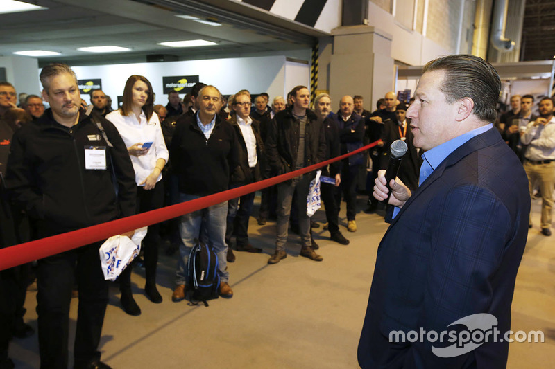 Zak Brown, presidente de Motorsport Network inaugura el Autosport International show 2017