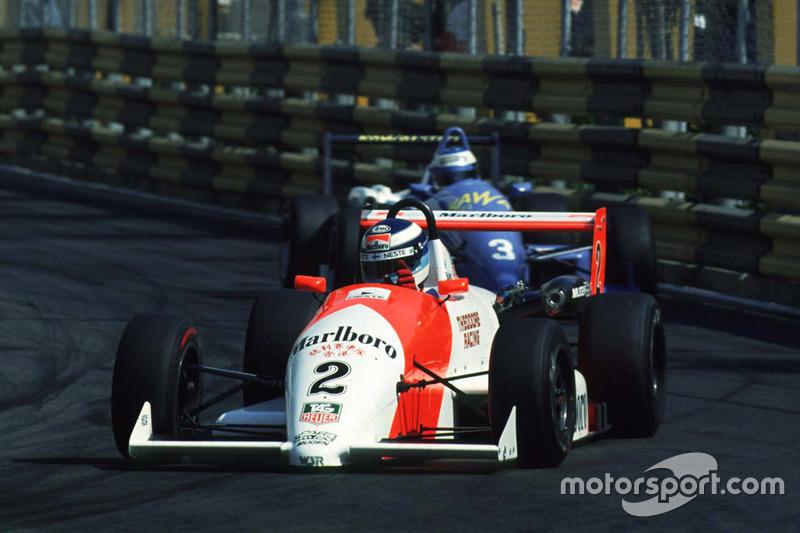 Mika Häkkinen vor Michael Schumacher