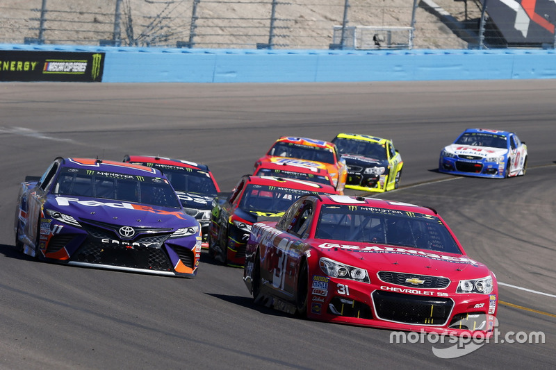 Ryan Newman, Richard Childress, Racing Chevrolet; Denny Hamlin, Joe Gibbs Racing, Toyota