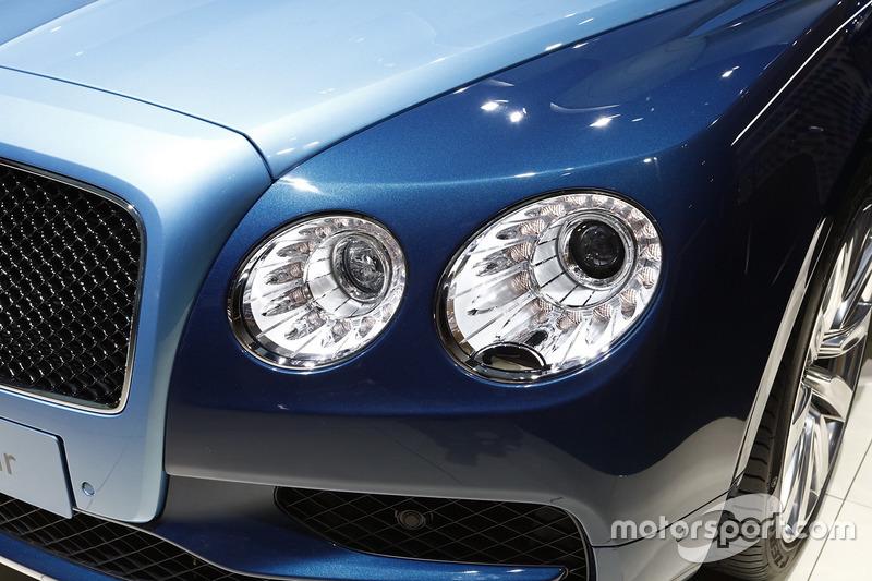 Bentley Flying Spur V8 S Spur