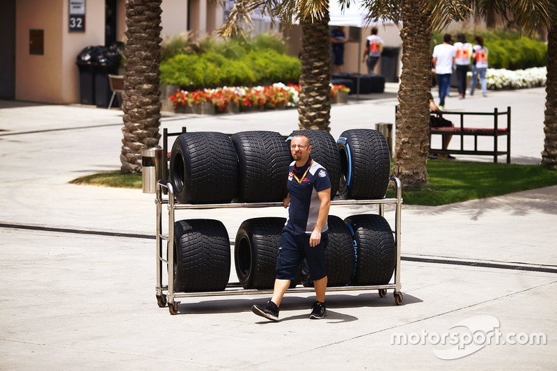 A Red Bull mechanic at work