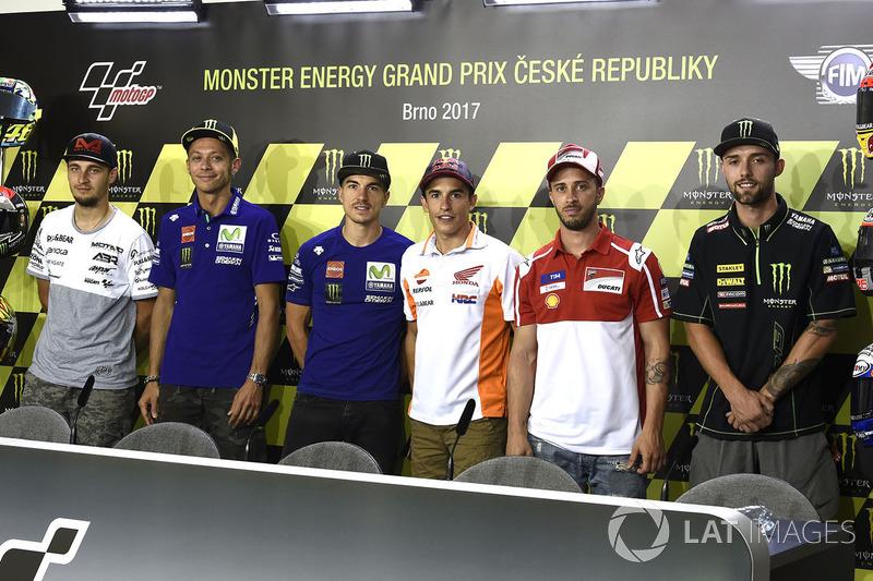 Karel Abraham, Valentino Rossi, Maverick Vinales, Andrea Dovizioso dan Jonas Folger