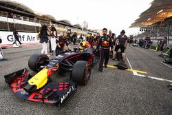 Наоми Кэмпбелл и Макс Ферстаппен, Red Bull Racing RB13