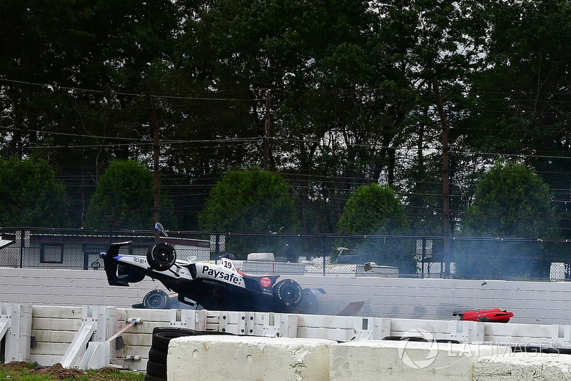 James Hinchcliffe, Schmidt Peterson Motorsports Honda & Pietro Fittipaldi, Dale Coyne Racing Honda crash