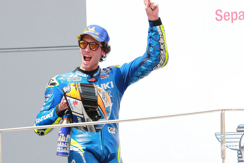 Подіум: друге місце Алекс Рінс, Team Suzuki MotoGP