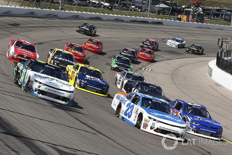 Blake Koch, Kaulig Racing Chevrolet, Spencer Gallagher, GMS Racing Chevrolet, Brendan Gaughan, Richard Childress Racing Chevrolet