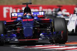 Daniil Kvyat, Scuderia Toro Rosso STR12,