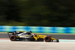 Robert Kubica, Renault Sport F1 Team RS17 runs wide