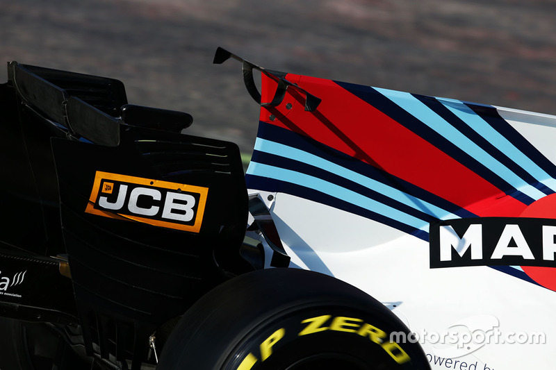 Williams FW40 T-wing detail