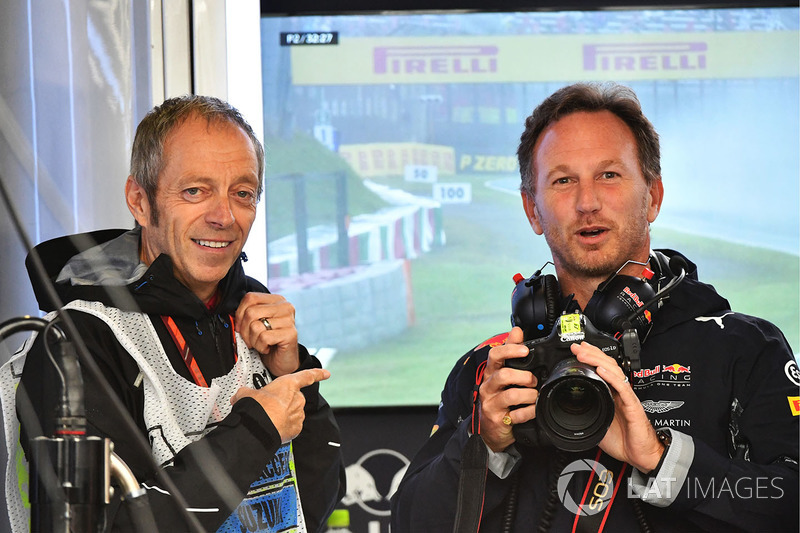 Mark Thompson, fotografer, dan Christian Horner, Red Bull Racing Team Principal