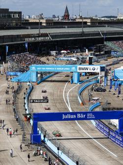 Lucas di Grassi, ABT Schaeffler Audi Sport; Nick Heidfeld, Mahindra Racing