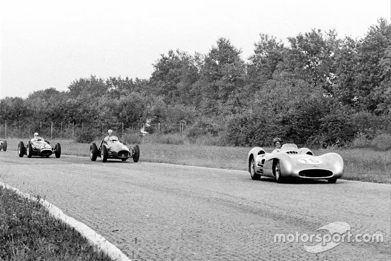 1954 год. Mercedes-Benz W196 и Maserati 250F