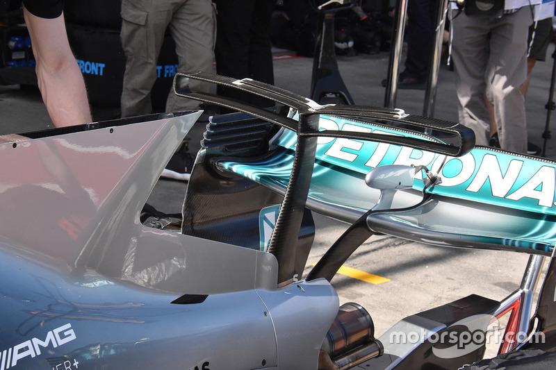 Mercedes AMG F1 W08: T-Flügel