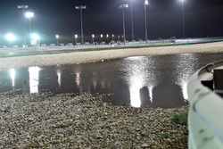 Pista mojada y lluvia en Qatar