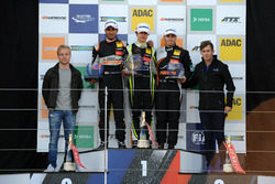 Rookie Podium: 1. Lando Norris, Carlin, Dallara F317 - Volkswagen; 2. Jehan Daruvala, Carlin, Dallar