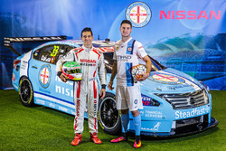 Michael Caruso, Nissan Motorsports, mit Corey Gameiro, Melbourne City FC