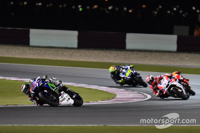 Jorge Lorenzo, Movistar Yamaha MotoGP, Yamaha; Andrea Dovizioso, Ducati Team, Ducati; Valentino Rossi, Movistar Yamaha MotoGP, Yamaha