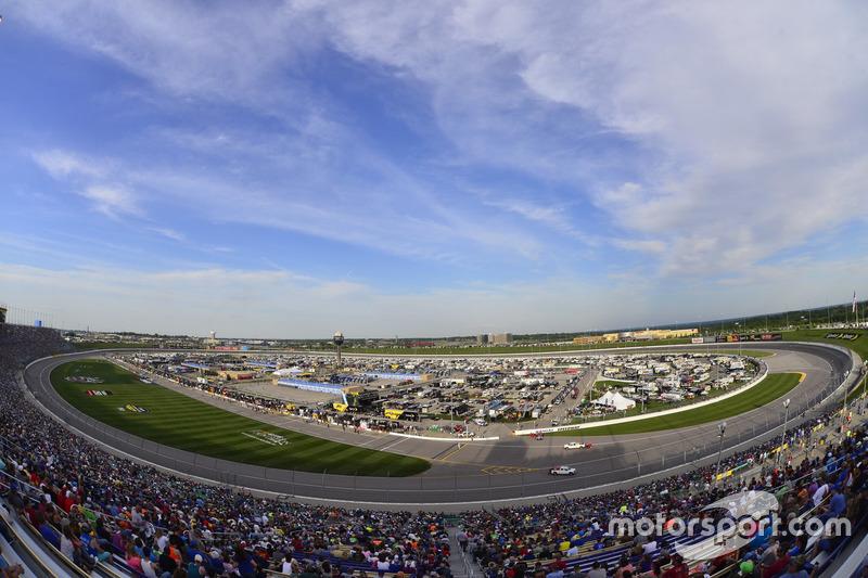 #6: Kansas Speedway (1,5 Meilen) - 197,773 mph