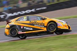 Gordon Shedden, Halfords Yuasa Racing