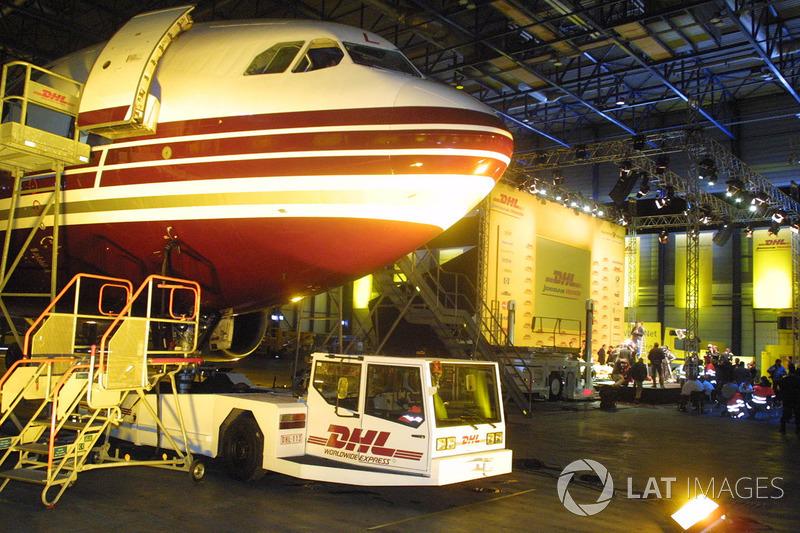 Самая замороченная: доставка машины Jordan самолетом DHL (2002)