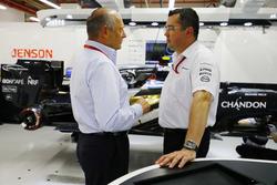 Ron Dennis y Eric Boullier, McLaren