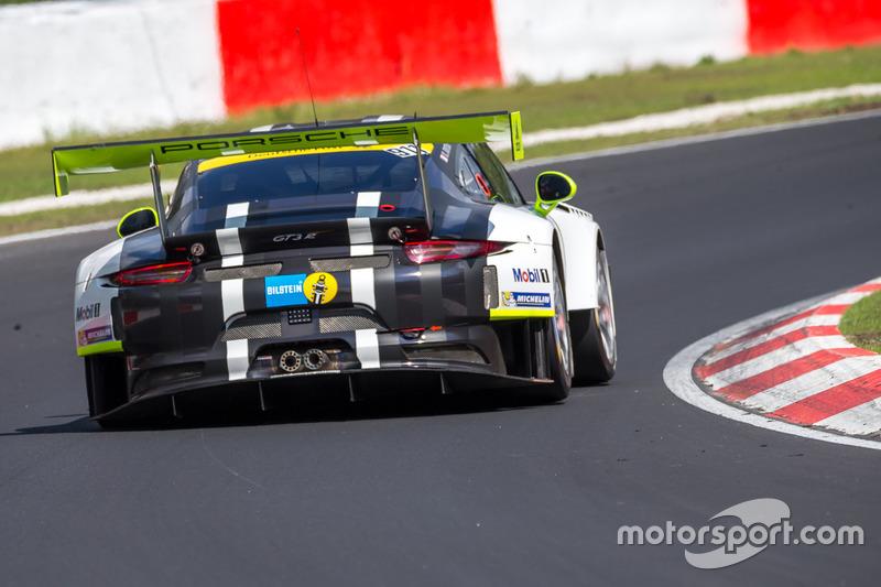 #911 Manthey Racing, Porsche 911 GT3 R: Nick Tandy, Kevin Estre, Rotthalmünster, Earl Bamber, Patrick Pilet
