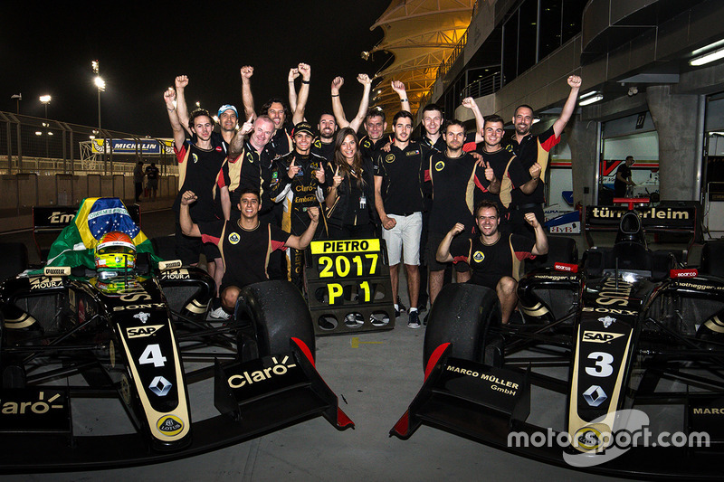 Ainda na sexta-feira, Pietro Fittipaldi foi o segundo colocado na primeira bateria da etapa do Bahrein e confirmou o título da Fórmula V8 3.5.