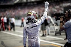 Lewis Hamilton feiert den Sieg in Hockenheim