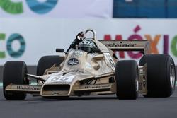 Arrows FA1, который пилотировал Рикардо Патрезе в первой половине сезона-1978