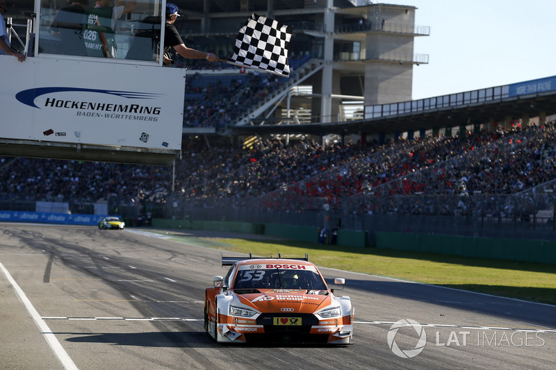 BAndera a cuadros para Jamie Green, Audi Sport Team Rosberg, Audi RS 5 DTM