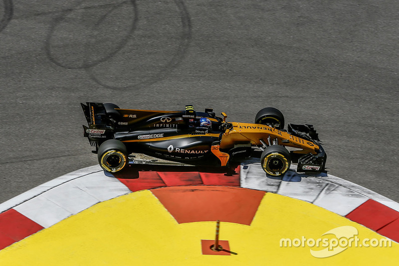Sergey Sirotkin, Renault Sport F1 Team RS17 Test Driver