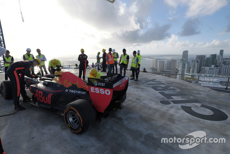 Showrun in Miami: David Coulthard, Red Bull RB7