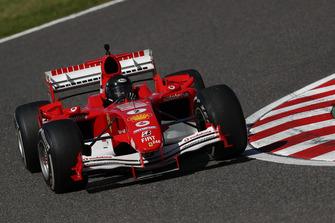 Ferrari, giro dimostrativo al Legends F1 30esimo Anniversario