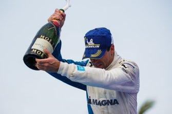 Antonio Felix da Costa, BMW I Andretti Motorsports, 3rd position, celebrates