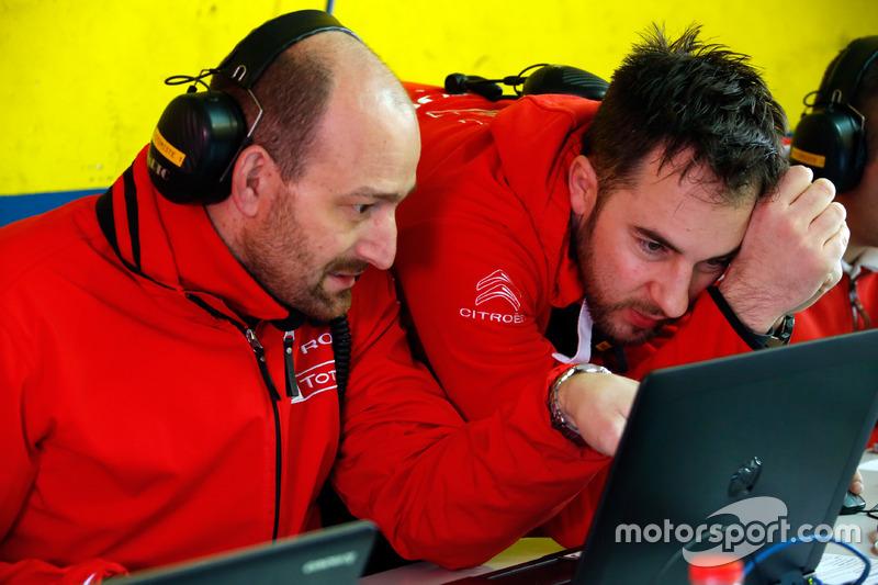 Citroën World Touring Car Team mühendisleri