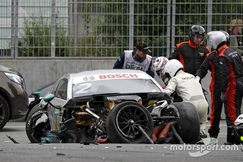 Машина Гері Паффетта, Mercedes-AMG Team HWA, Mercedes-AMG C63 DTM, після аварії