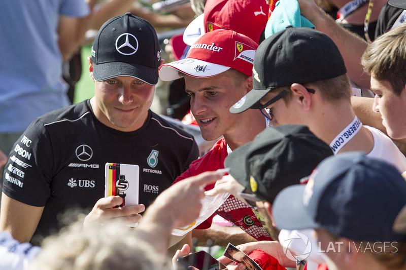 Valtteri Bottas, Mercedes AMG F1 fans