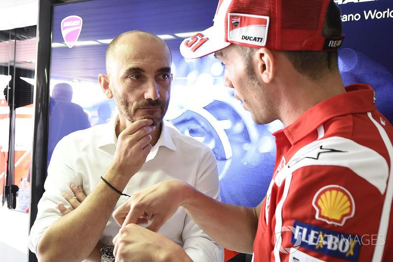 Claudio Domenicali, CEO Ducati dan Michele Pirro, Ducati Team
