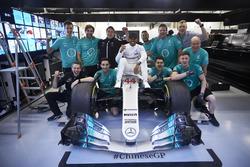 Lewis Hamilton, Mercedes AMG, celebrates victory with his team