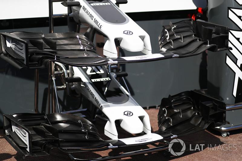 Haas F1 Team VF-17, detalle del alerón delantero