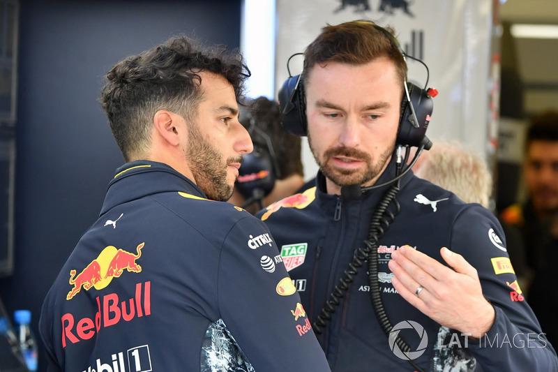 Даніель Рікккардо, Red Bull Racing, гоночний інженер Red Bull Racing Саймон Рені