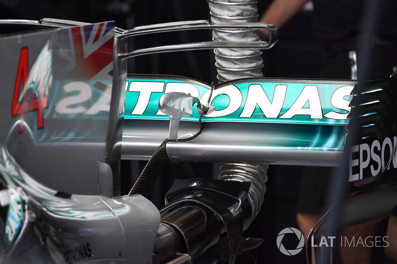 Mercedes-Benz F1 W08  rear wing