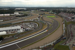 Lance Stroll, Williams FW40 and view from the ferris wheel