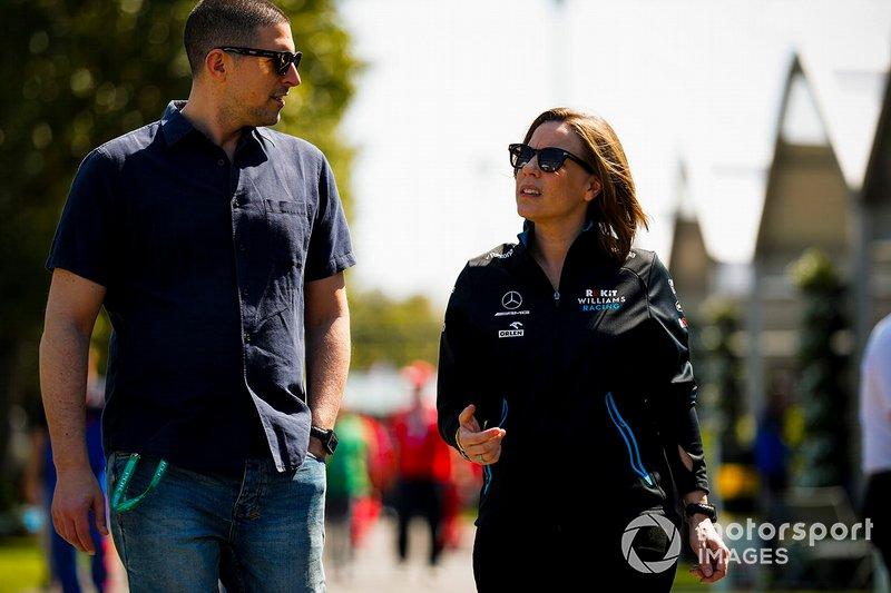 Claire Williams, Vice Team Principal, Williams Racing e Marc Harris