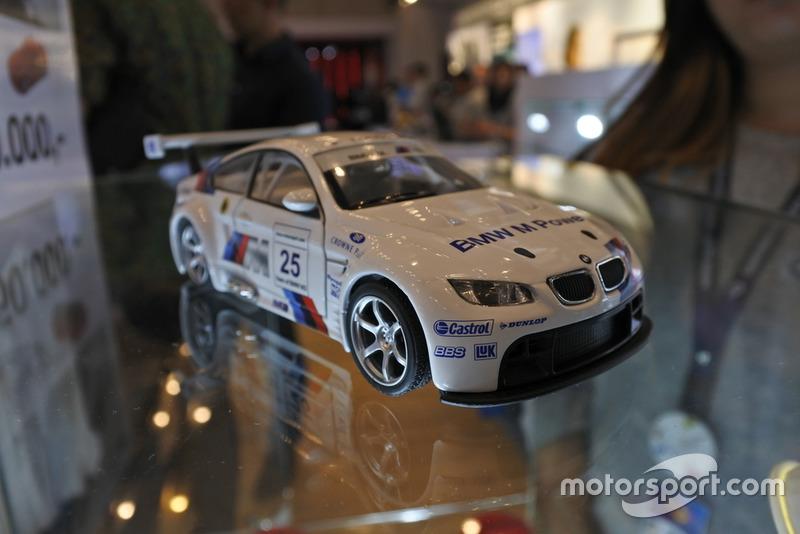 Diecast BMW M3 GT2